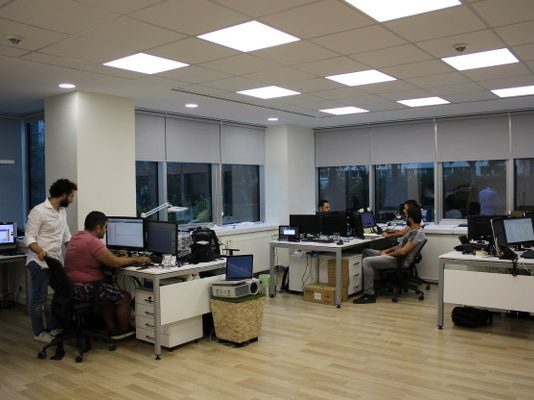 2009 yılında kurulan SMG, Türkiye'de halka açık mekanlarda kapalı devrede yasal müzik, anons ve reklam yayınları yapmaktadır.