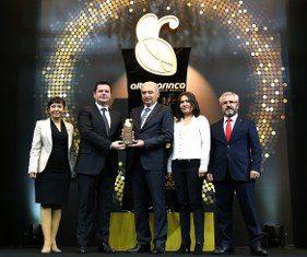 7. Altın Karınca Belediyecilik Ödül Töreni, 30 Kasım Perşembe günü Beşiktaş'taki Conrad İstanbul Otel'de düzenlendi. Törende Kadıköy Belediyesi 'Yaşayan Sokaklar' projesi ile Kültür ve Sanat Kategorisinde ödül aldı.