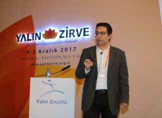 Assan Hanil Operasyonlar Direktörü Serhat Volkan Akpınar, hayata geçirdikleri Mavi Yaka Gelişim Akademisi konusunda bilgiler verdi.