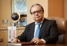 Enis Turan Erdoğan 1976 yılında İ.T.Ü. Makina Mühendisliği Fakültesi'nden mezun olmuş, 1979'da İngiltere'de Brunel Üniversitesi'nde İşletme Master'ı yapmıştır.