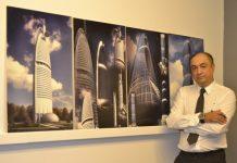 Tokyo, Bükreş, Kiev ve Dubai'deki ofislerinde Avrupa, Orta Asya ve Uzakdoğu'da projeler üreten Mimar Gökhan Aktan Altuğ.