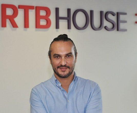 E-ticaretin doğası gereği veri odaklı olduğunu dile getiren RTB House Türkiye Ülke Müdürü Okay Tuğ.
