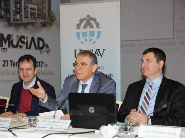 UTESAV Başkan Vekili Mehmet Develioğlu, günümüzde mülteci probleminin ülkemizde en büyük sorunlarında biri olduğuna ve çözüme kavuşturulması gereken önemli bir konu olduğuna dikkat çekti.