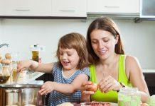 DBE Davranış Bilimleri Enstitüsü'den Klinik Psikolog Dr. Ayşe Bombacı annelik sevgisini oluşturan ve benzersiz kılan özellikleri açıklıyor