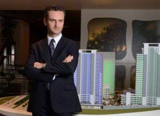 İstanbul Üniversitesi Mühendislik Fakültesi Elektronik Mühendisliği bölümünde tamamlayan Cemail Batuk bunun ardından İstanbul Üniversitesi İşletme Fakültesi'nde Uluslararası Yönetim İhtisası yaptı.