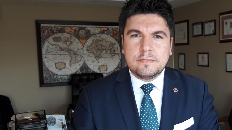 İNTİSAD Genel Başkanı Selahattin PAR görseli.