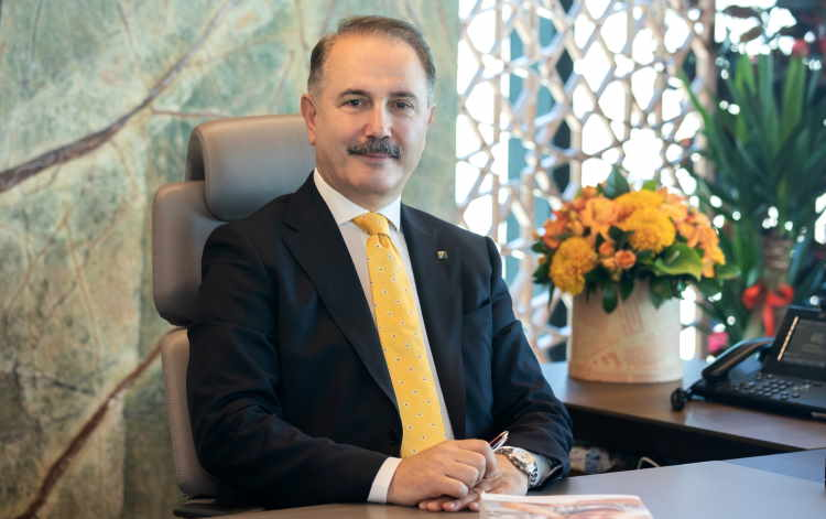 VakıfBank Genel Müdürü Abdi Serdar Üstünsalih görseli CEO Haber'de.