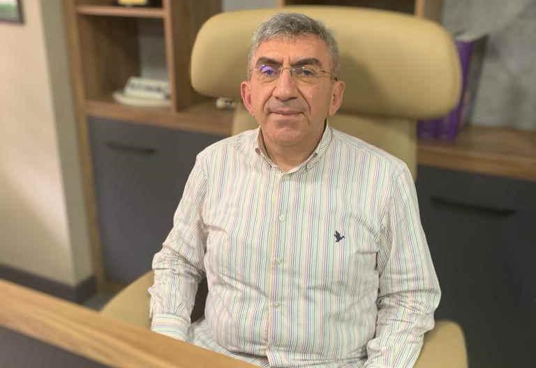 Gaziantep Üniversitesi Şahinbey Araştırma ve Uygulama Hastanesi Dermatoloji Anabilim Dalı Öğretim Üyesi Prof. Dr. Serhat İnalöz haber görseli.